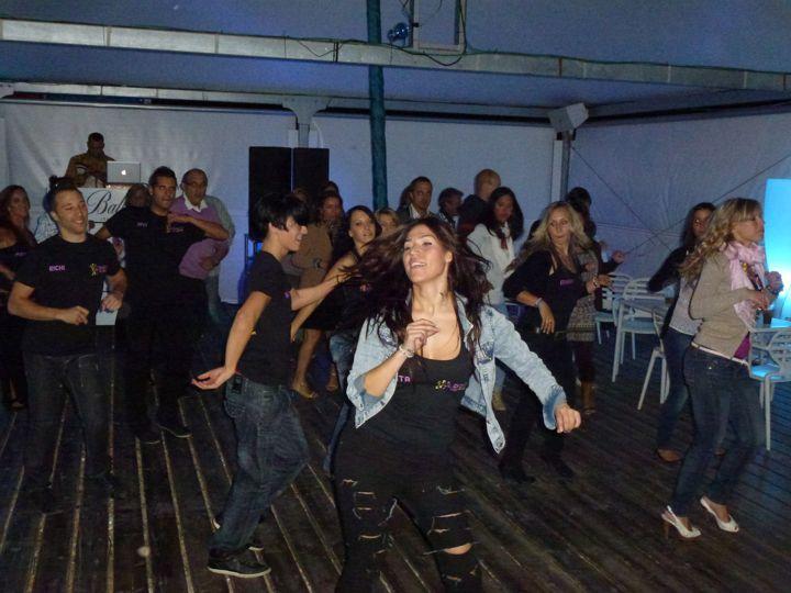 Academia de Baile Zaragoza fiesta en Las Playas 2