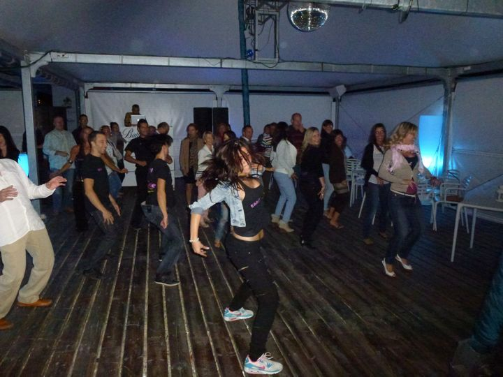 Academia de Baile Zaragoza fiesta en Las Playas 4